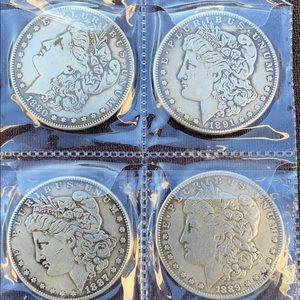 4 Morgan silver dollars 💵